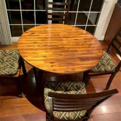 Hua Ye verified customer review of Wilderness Pinecones Green Dining Chair Pads - Latex Foam Fill