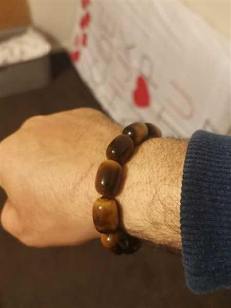 Helmand  O. verified customer review of The Tiger's Eye Wealth Bracelet