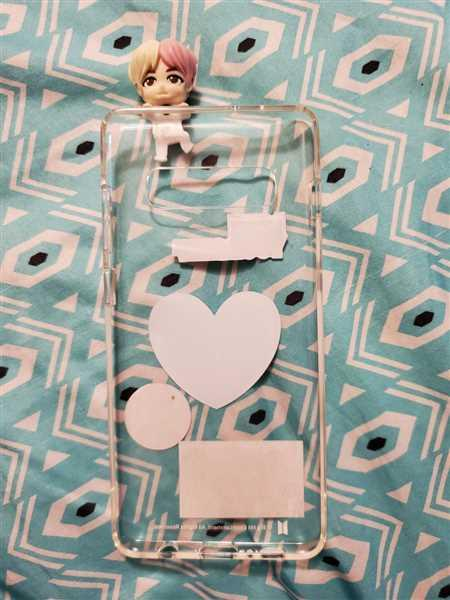 The Daebak Company BTS Figure Clear Jelly Case V Review