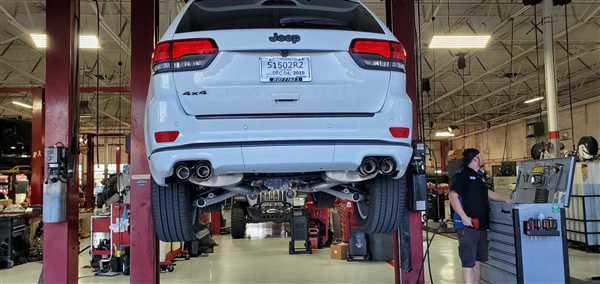 CORSA PERFORMANCE 2014-2019 Jeep Grand Cherokee Summit Edition, 5.7L V8, 2.5 Dual Rear Exit Catback Exhaust System with Twin 4.0 Tips (14992) Sport Sound Level Review