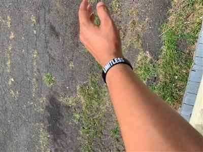 Jose C. verified customer review of LIMITLESS Wristband