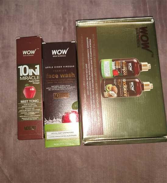 Wow Skin Science WOW Apple Cider Vinegar Shampoo (500ml) & Coconut Avocado Hair Conditioner (500ml)  + Scalp Scrubber Shampoo Brush Review