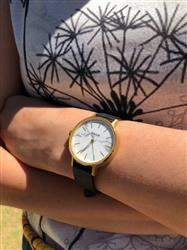 Karen Ong verified customer review of MYKU Howlite Gold 32mm Watch