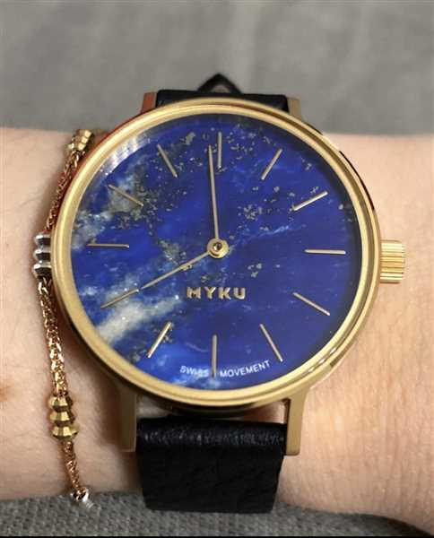 Karen Lam verified customer review of MYKU Lapis Lazuli Gold 32mm Watch