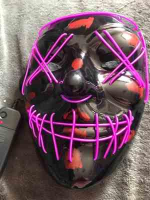 Ericka verified customer review of LED Purge Mask