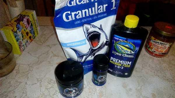 Plant Revolution Inc. Great White Granular 1® - Single Species Mycorrhizae Review