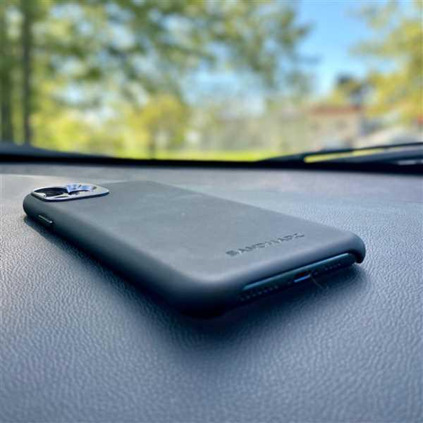 SANDMARC Pro Case - iPhone X Review