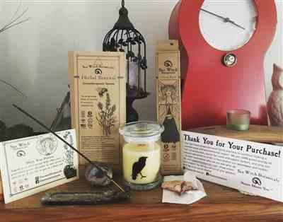 Katie O. verified customer review of Candle: Quoth the Raven