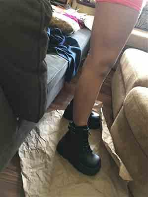 Anonymous verified customer review of Demonia Super Stacked Platform Boots