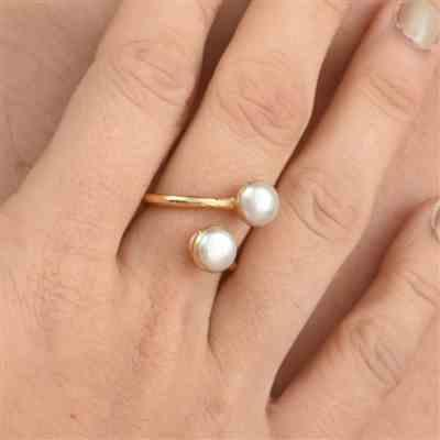 Aria Lattner Pearl Wrap Ring Review