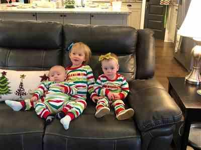 Pamela Ritchie verified customer review of PERSONALIZED FESTIVE STRIPE HOLIDAY PJS
