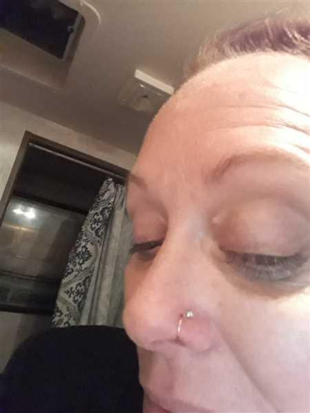 Melissa Graves  verified customer review of Nose Stud Teeny Tiny Raw White Diamonds L Stud, Nose Bone, Screw Hook l Mystic Moon Shop