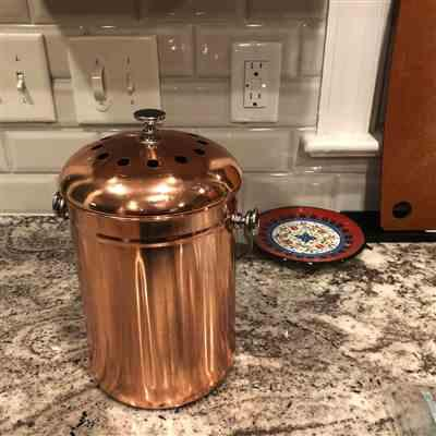 Justin van Staveren verified customer review of *ROSE GOLD* Stainless Steel Compost Pail