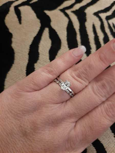 Tiger Gems 1.2 ct Oval Solitaire Ring Review