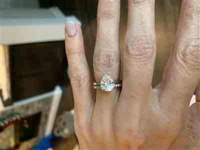 Kelli verified customer review of 3 ct Pear Solitaire Ring