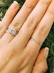 Jess H verified customer review of 2.75 ctw 12 Stone Band Solitaire Set, Sz 6-10