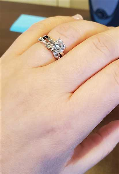 Misty verified customer review of 1 ct 4 Prong Solitaire Ring