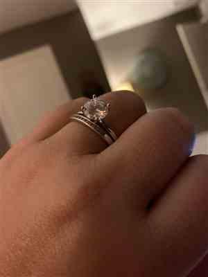 Lora verified customer review of 2 ct 6 Prong Solitaire Ring