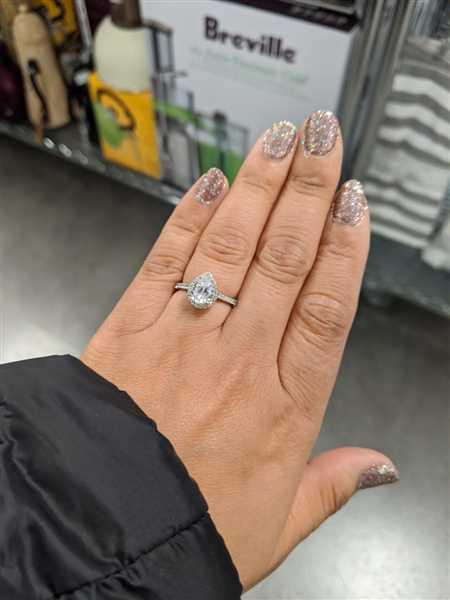 Lisa Kong verified customer review of 1.5 ctw Pear Halo Ring