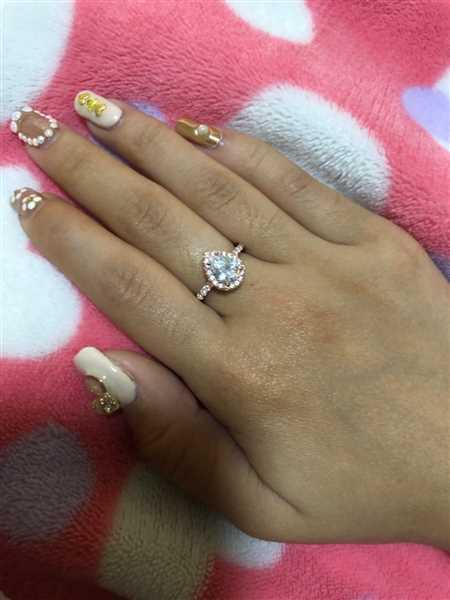 Adeline Kek verified customer review of 1.5 ctw Pear Halo Ring - Rose GP