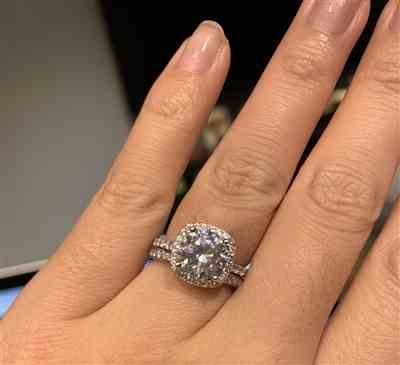 Ivana  verified customer review of 2.25 ctw Square Halo Ring