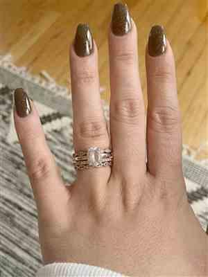 Jesselyn Capponi verified customer review of Art Deco Half Eternity Band Set