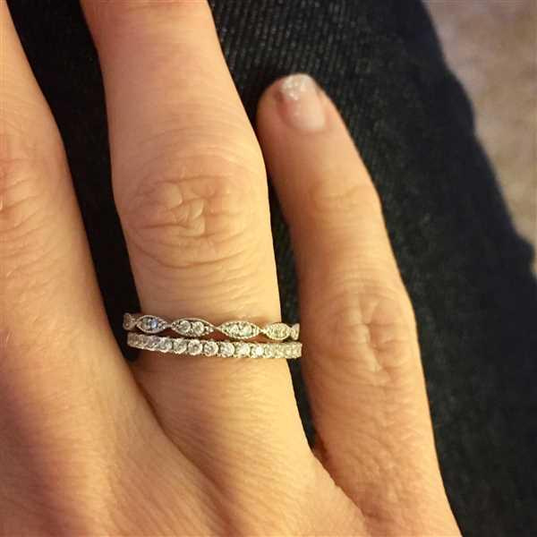 Nicole Furney verified customer review of Art Deco Half Eternity Band Set