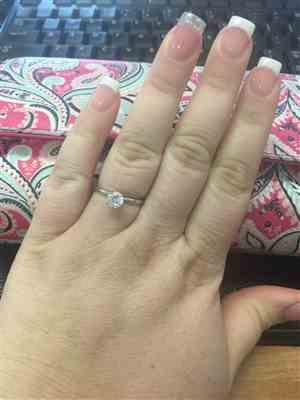 Victoria P. verified customer review of 1 ct Solitaire Ring, 40% Final Sale, Sz 4, 9-12