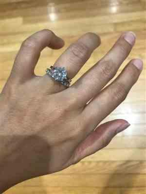 Erika P. verified customer review of 2 ct 6 Prong Classic Solitaire Ring - 40% off Final Sale, Sz 9-12