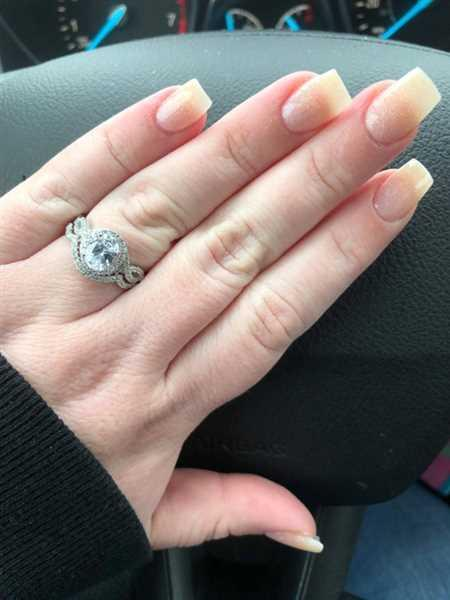 K J verified customer review of 2 ctw Twisted Oval Halo Set