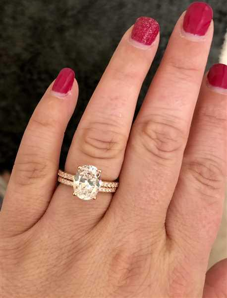 Candice P verified customer review of 3.25 ctw Oval Accented Ring - Rose GP