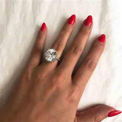 Veronica L verified customer review of 14 ctw Classic Glam Halo Ring - 60% Final Sale