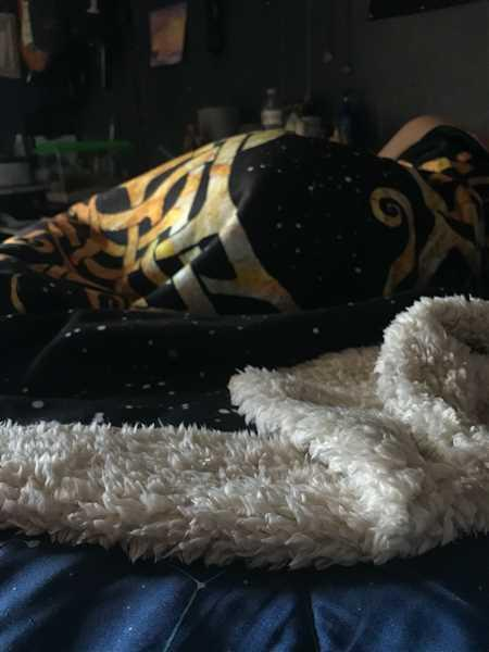Lunafide Yggdrasil Hooded Blanket Review