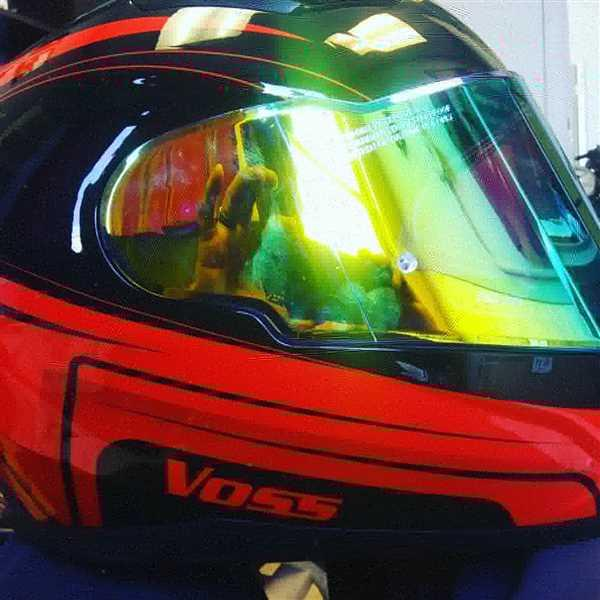 Mario M. verified customer review of 988 Moto-1 Gloss Red/ Black Full Face Katana Helmet