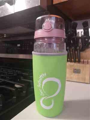 Elisa W. verified customer review of Insulation Sleeve for 32oz Fruit Infuser Water Bottles