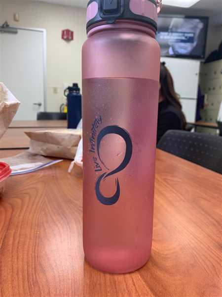 Roselle Trevino verified customer review of 34oz Sports Water Bottle with Fruit Infuser, Time Markings & Shaker Ball
