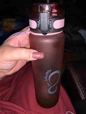 Rayna Racasi verified customer review of 34oz Sports Water Bottle with Fruit Infuser, Time Markings & Shaker Ball