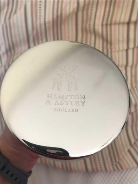 Hampton and Astley Hampton and Astley Luxury Scented Large Candle 235g, Berries, Peach and Bergamot Review