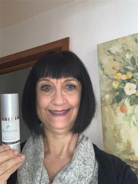 Krystal Carolfi verified customer review of Super C Serum