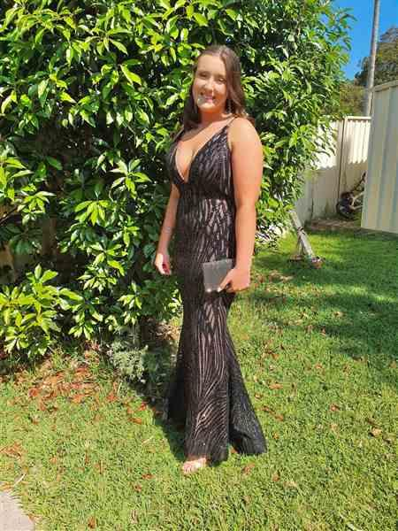 Paris Whittenbury verified customer review of Cari Gown (black) - RRP $455