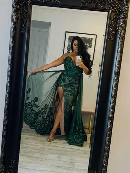 Nashida Ozturk verified customer review of JADORE Sienna Gown with Overskirt JX1067 (Emerald) - RRP $899