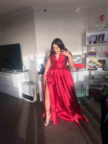 Vanessa Mogy verified customer review of TINAHOLY Lucille Gown TA611 (Red) - RRP $440