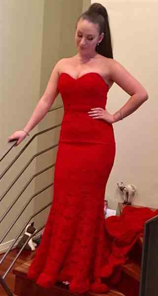Anonymous verified customer review of JADORE Anika Gown J8087 (Red) - RRP $415 - 8 / 4-days