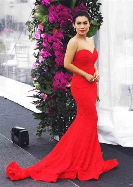 Jenny L. verified customer review of JADORE Anika Gown J8087 (Red) - RRP $415 - 8 / 4-days
