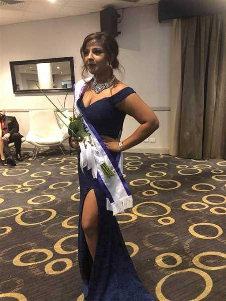 Ashmita Sharma verified customer review of JADORE Ferella Gown J9013 (Navy) - RRP $415 - 6 / 8-days