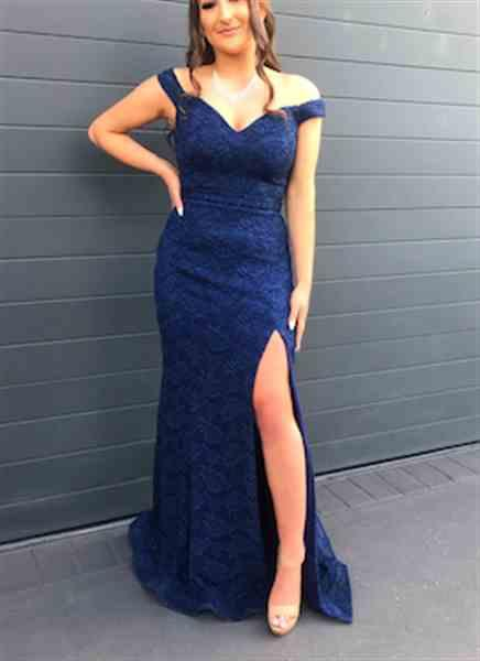 Christina M. verified customer review of JADORE Ferella Gown J9013 (Navy) - RRP $415 - 6 / 8-days