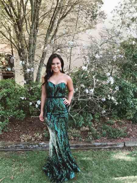 Lauren B. verified customer review of JADORE Mia Full Length Gown J9116 (Forest) - RRP $525 - 8 / 4-days