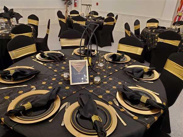 Anonymous verified customer review of Luna Sequins Taffeta Tablecloths & Overlays