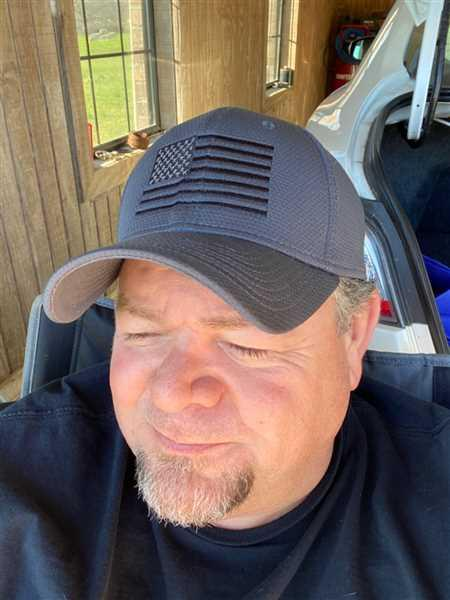 Howard G Johnson verified customer review of American Flag Hat The Most Comfortable Hat In The USA