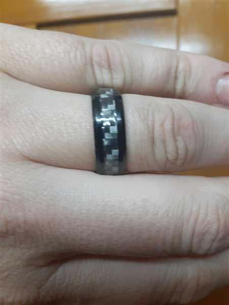 KAVALRI Gunmetal Black and Charcoal Carbon Fibre Weave Tungsten Ring Review
